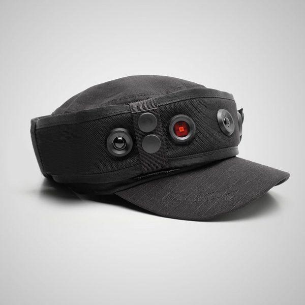 La gorra SIMGUN